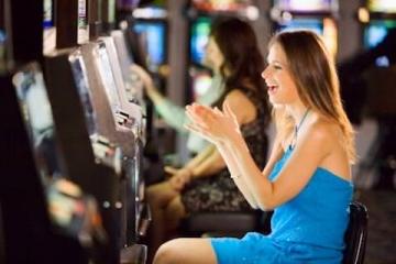Онлайн-казино CasinoMetric: слоты, игры